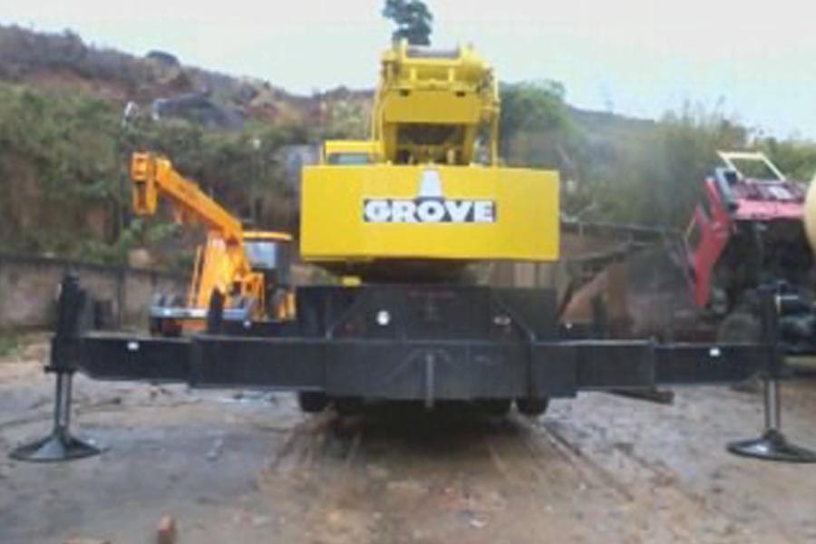 Grove TMS-475d